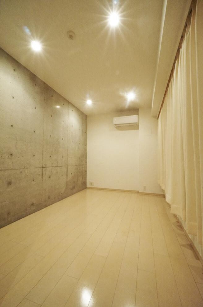 内装工事後廊下