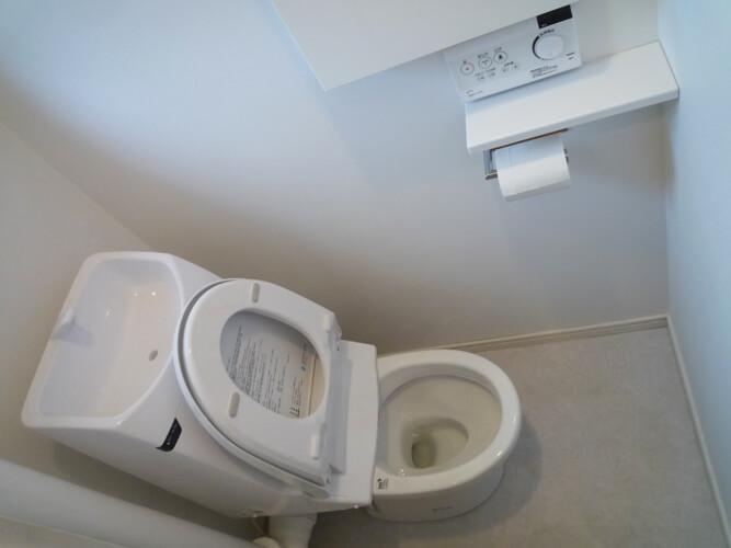 工事後のトイレ2
