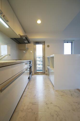 内装工事後キッチン