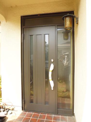 工事後玄関ドア