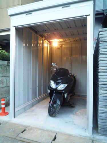 工事後バイクガレージ