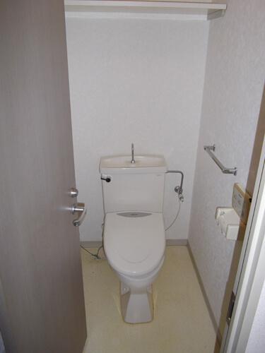 工事前トイレ