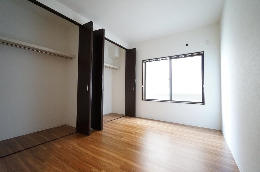 洋室と収納