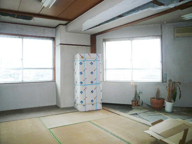 内装工事前オフィス