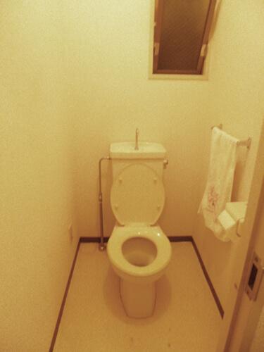 内装工事前トイレ